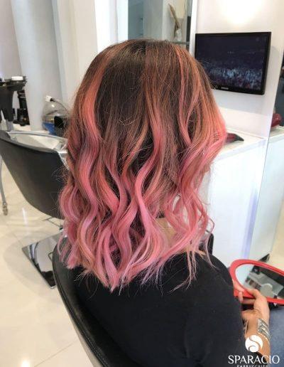 balayage pink rosa onde naturali taglio medio corto sparacio parrucchieri
