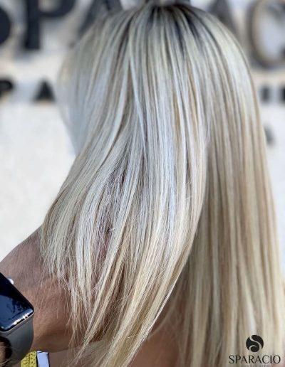 colore biondo freddo ice ghiaccio liscio sparacio parrucchieri