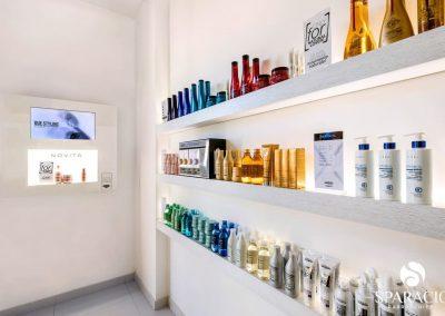 esposizione prodotti salone loreal professionnel concept saloon emotion sparacio parrucchieri