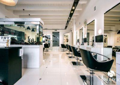 interno e postazioni salone loreal professionnel concept saloon emotion sparacio parrucchieri