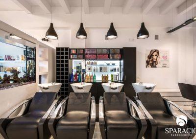 interno lavatesta e colori salone loreal professionnel concept saloon emotion sparacio parrucchieri