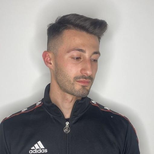 Taglio Uomo Corto Sparacio Parrucchieri
